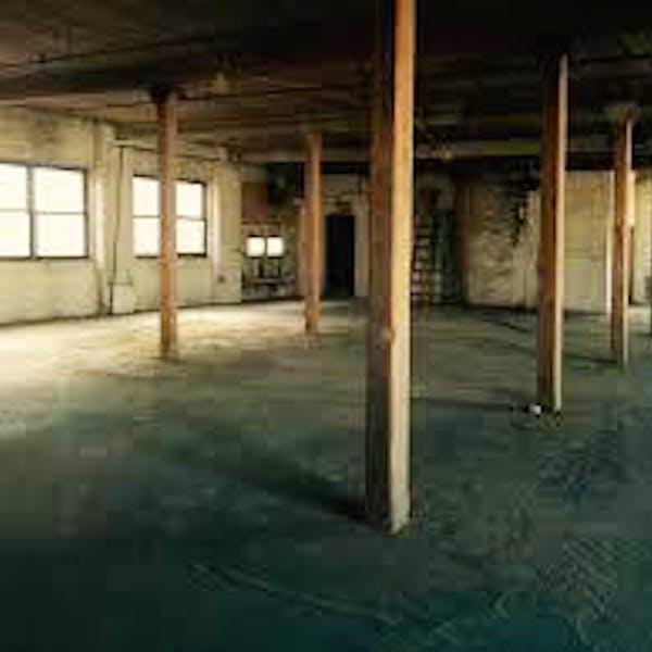 215 Lofts- Seret Studios
