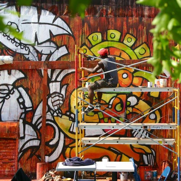 Pedro's Mural: CAM
