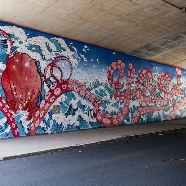 Dumbo Walls: Yuko Shizimu