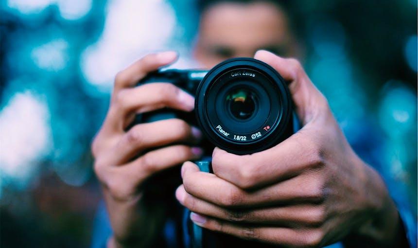Photographer 698908 960 720
